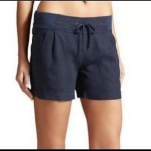 NWT Athleta Creston Linen Short. Size 2